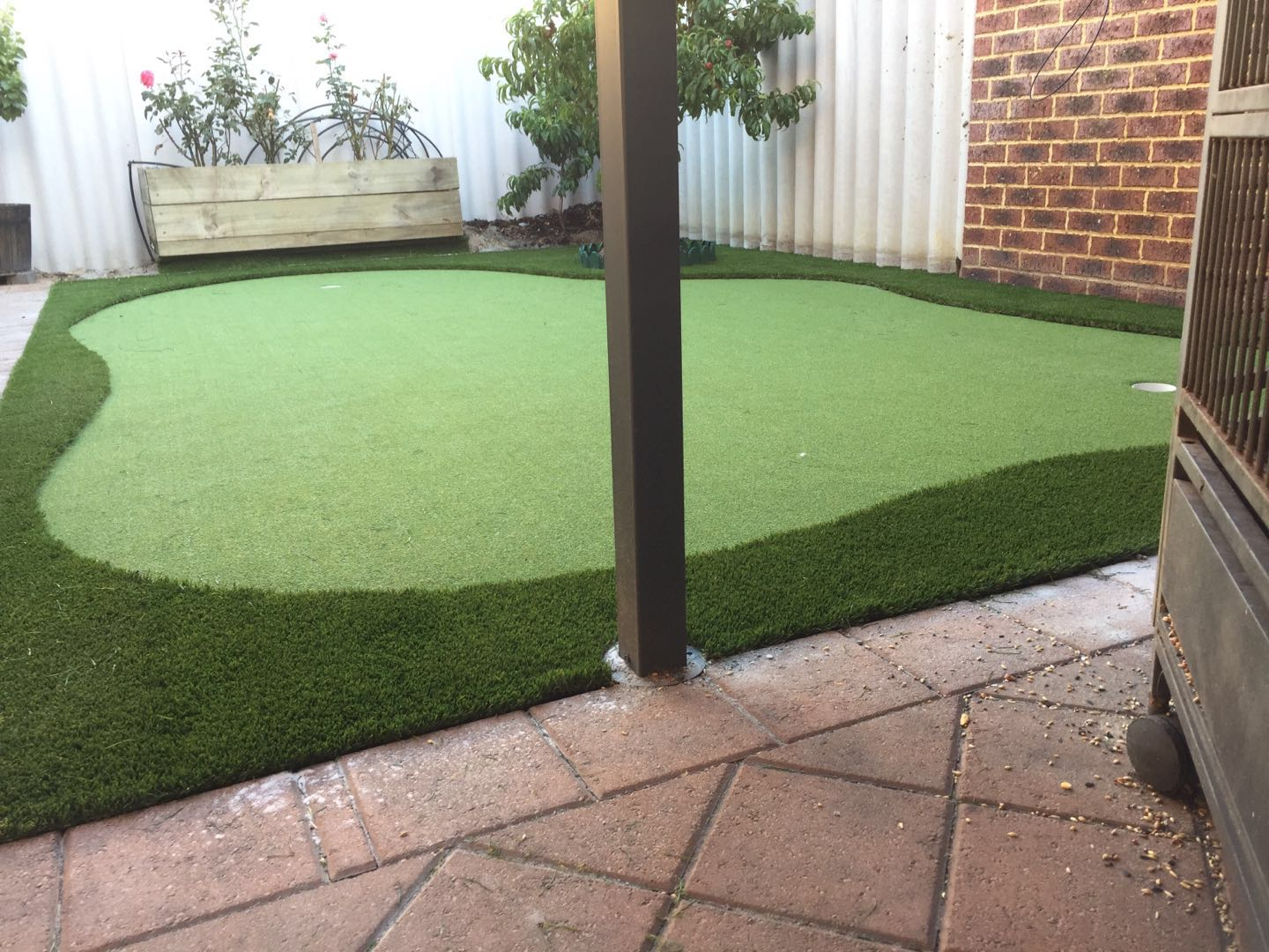 Astroturf and Artificial Grass – What's the Difference?